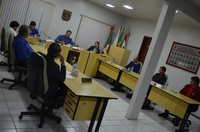 VEREADORES COBRAM RECUPERAÇÃO DE ESTRADAS